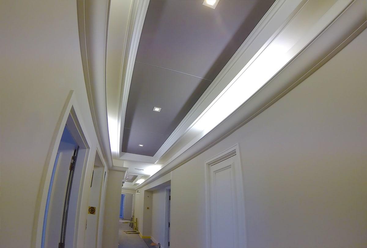 Cadres de plafond tendu acoustique.